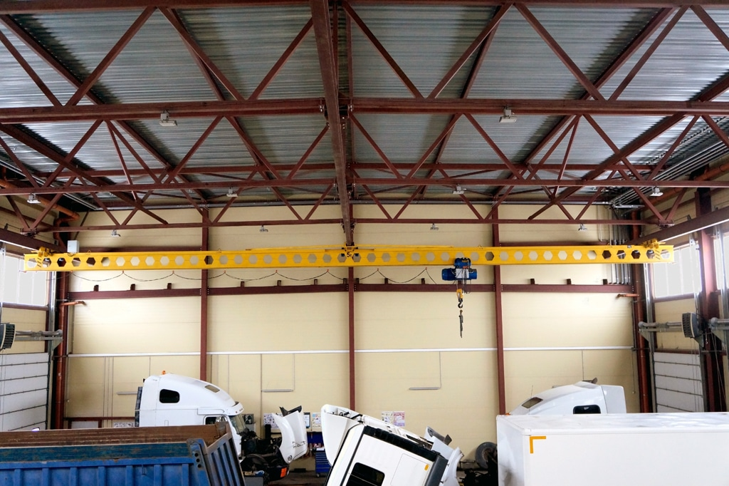Кран двупролетный 5,0 тонн 22,5 метра. Радиоуправление, частотный привод.